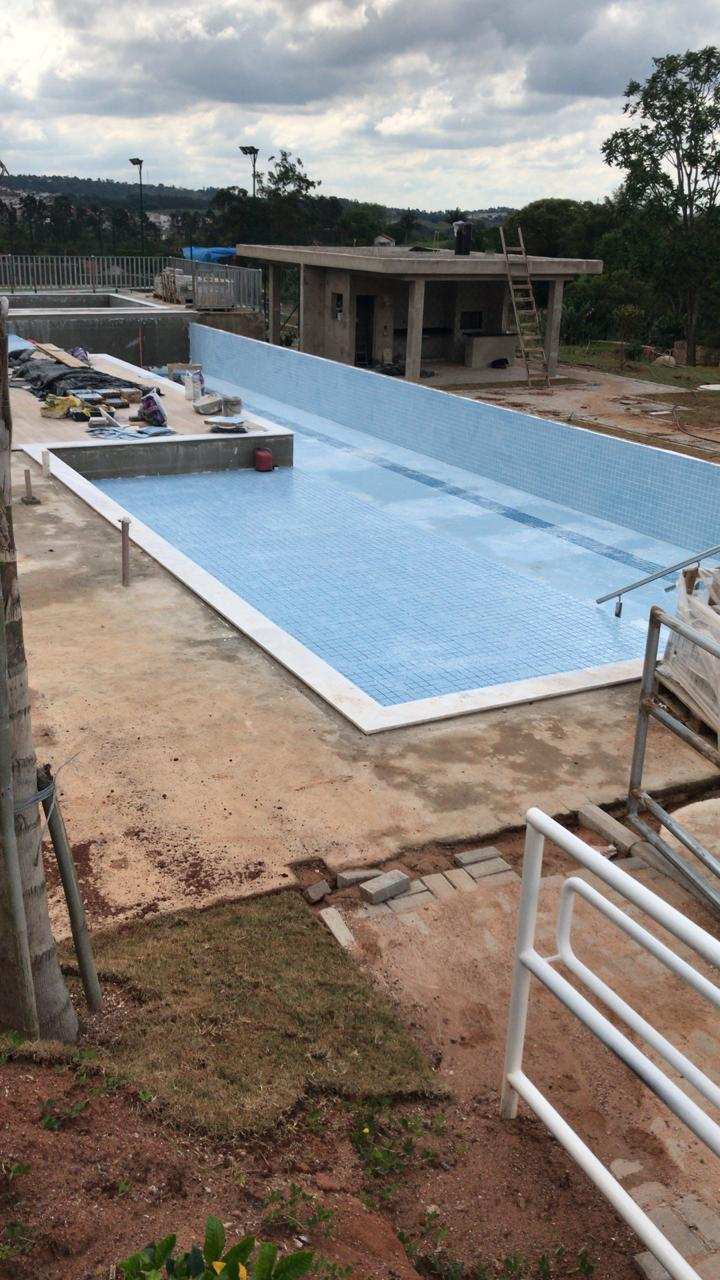 Piscina do loteamento em Itupeva Pecan Town & Country